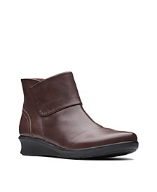 Collection Women's Hope Track Booties