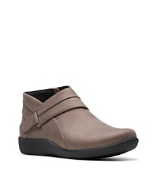 Clarks CloudSteppers Women's Sillian Rani Ankle Booties
