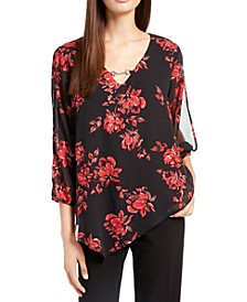Juniors' Floral Print Keyhole Top
