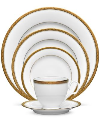 Charlotta Gold 5 Piece Place Setting