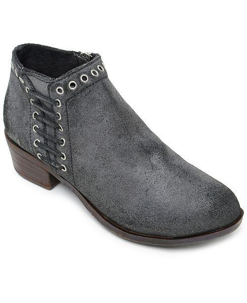 Minnetonka Brenna Narrow Boot
