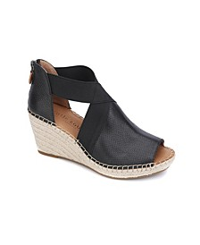 by Kenneth Cole Charli Cross Elastic Wedge Sandals