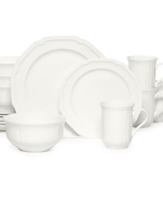 Antique White 16 Piece Set Service for 4