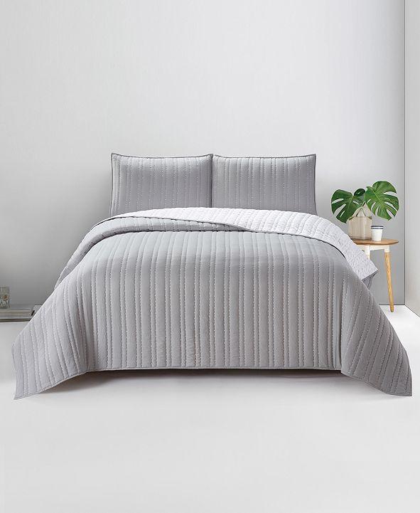 Present Living Home Hadley  Cambridge King 3PC Quilt Set
