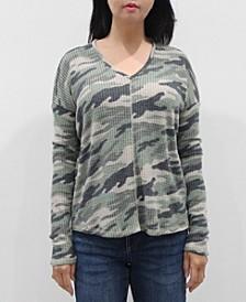 Women's Camo V-Neck Long Sleeve Dolman Top