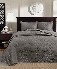 Quebec Quilted Bedspread Sets