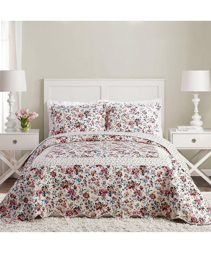 Jessica Simpson - Indiana Rose Queen Bedspread
