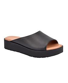 Women's Evolve Flora8 Flat Sandal