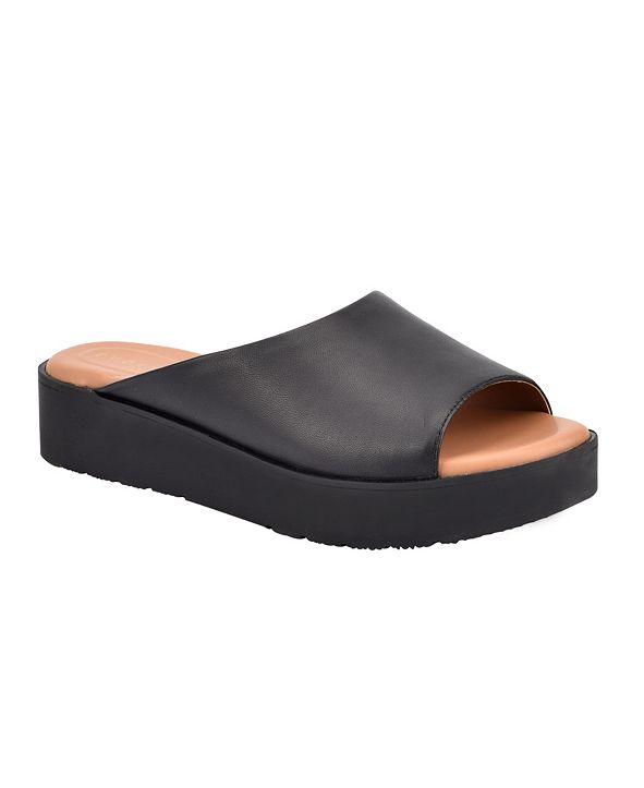 Easy Spirit Women's Evolve Flora8 Flat Sandal