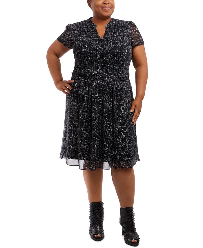 MSK - Plus Size V-Neck Fit & Flare Dress