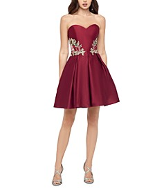 Juniors' Sweetheart Appliqué Dress