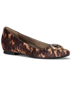 Perrie Flats Women's Shoes
