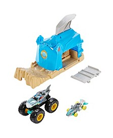 Monster trucks Pit And Launch Shark Wreak™ Play Set