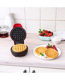 Mini Waffle Maker, Heart Red