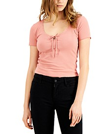 Juniors' Lace-Trim Cropped Keyhole Top