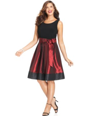 SL Fashions Plus Size Sleeveless Pleated Side Bow Dress