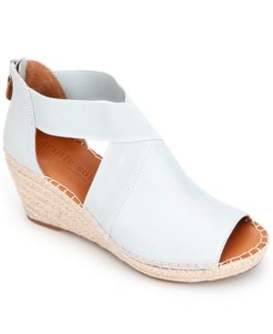 by Kenneth Cole Charli Cross Elastic Wedge Sandals Women's Shoes