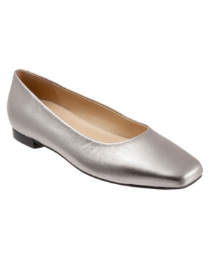 Trotters Women's Honor Flat Shoe Women's Shoes In Pewter