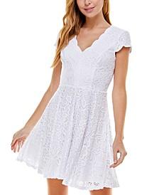 Juniors' Lace Back-Cutout Dress