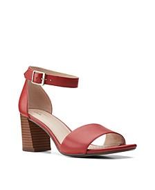 Women's Collection Jocelynne Cam Sandals