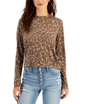 Juniors' Leopard-Print Long-Sleeve T-Shirt
