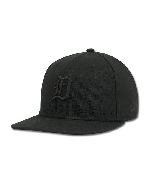 d7129b041b7 New Era Kids  Detroit Tigers MLB Black on Black Fashion 59FIFTY Cap ...