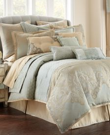 Aramis Queen 4-Pc. Comforter Set