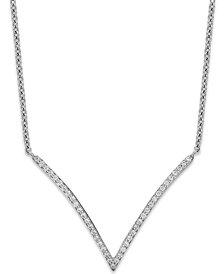 Diamond V-Necklace in 10k White Gold (1/6 ct. t.w.)