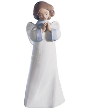 Lladro Collectible Figurine, An Angel's Wish