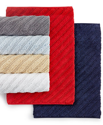 Simple The Tommy Hilfiger Group Announced  2014 Collection Will Launch With Bedding, Bath, Tabletop And Decorative Accessories, And Will Be Followed By An Expanded Fall Line That Will Also Include Furniture And Rugs Featuring The Brands
