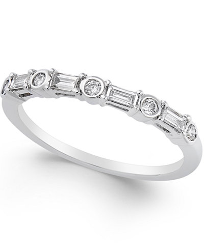 Diamond Band (1/4 ct. t.w.) in 14k White Gold