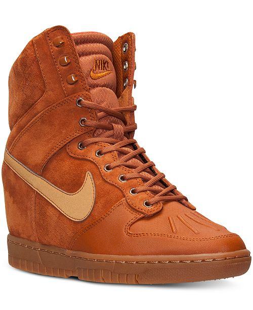 buy online 2a4e7 89605 ... Nike Women s Dunk Sky Hi 2.0 Sneakerboot from Finish ...