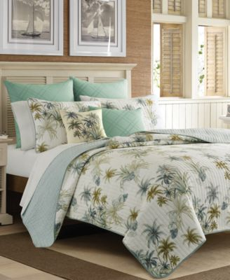 Serenity Palms Twin Quilt