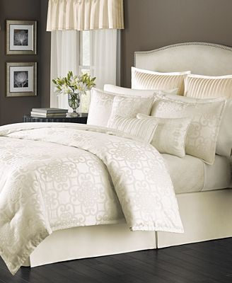 CLOSEOUT! Martha Stewart Collection Savannah Scroll Ivory 22-Pc ... : ivory quilt set - Adamdwight.com