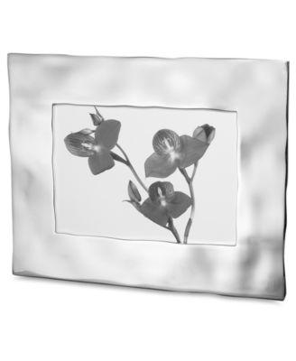 """Reflective Water 5"""" x 7"""" Picture Frame"""