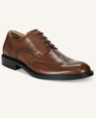 Image of Johnston & Murphy Men's Tabor Wing Tip Oxfords