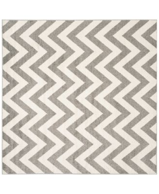 Amherst Indoor/Outdoor AMT419 7' x 7' Square Area Rug