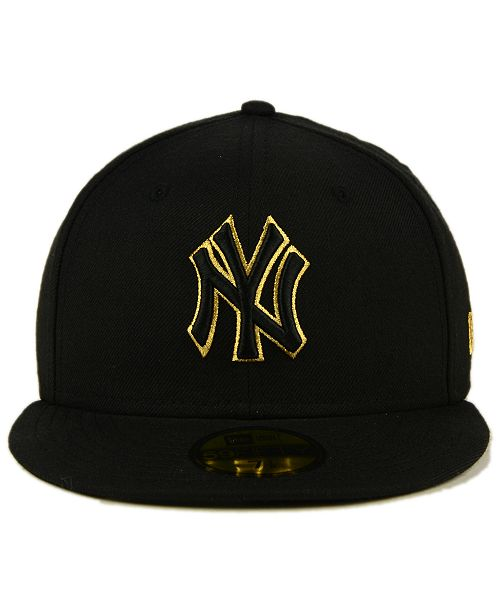 ad5a20371c5 ... New Era New York Yankees Black On Metallic Gold 59FIFTY Fitted Cap ...