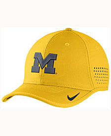 Nike Michigan Wolverines Vapor Sideline Coaches Cap