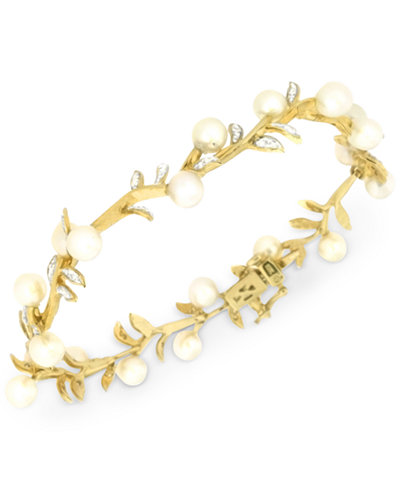 Cultured Freshwater Pearl (5mm) and Diamond (1/4 ct. t.w.) Bracelet in 14k Gold