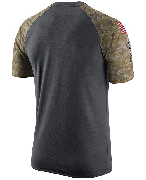 size 40 418b9 f42a2 Nike Men's New England Patriots Salute to Service T-Shirt ...