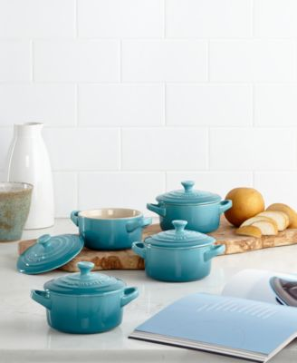 Le Creuset Stoneware Set Of 4 Pee Ceroles With Cookbook & Le Creuset Turquoise Dutch Oven | Credainatcon.com