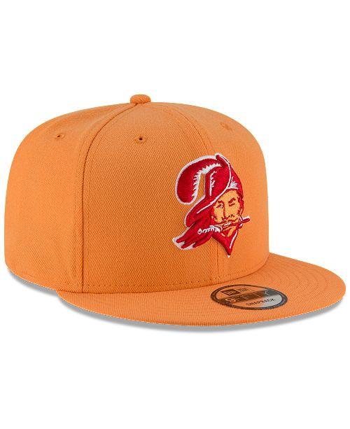 huge discount 5e6d4 a3eb5 ... New Era Tampa Bay Buccaneers Historic Vintage 9FIFTY Snapback Cap ...