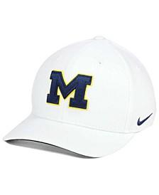 Michigan Wolverines Classic Swoosh Cap