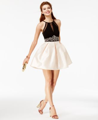 Dresses for prom for juniors