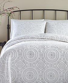 Jessica Simpson Cotton Medallion Gray Quilt and Sham Collection