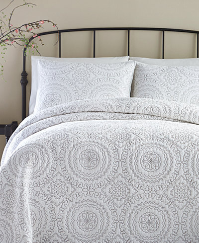 Jessica Simpson Cotton Medallion Gray Quilt And Sham