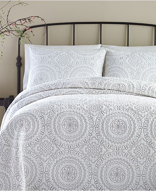Jessica Simpson Cotton Medallion Gray Full Queen Quilt