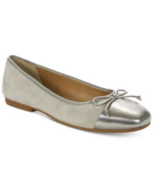 Tahari Intel Shoes Women