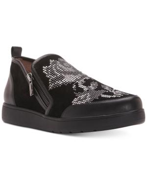 Donald Pliner Mylasp Slip-On Sneakers Women
